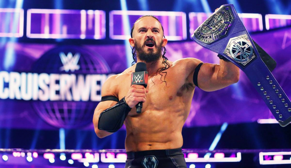 Neville as champ