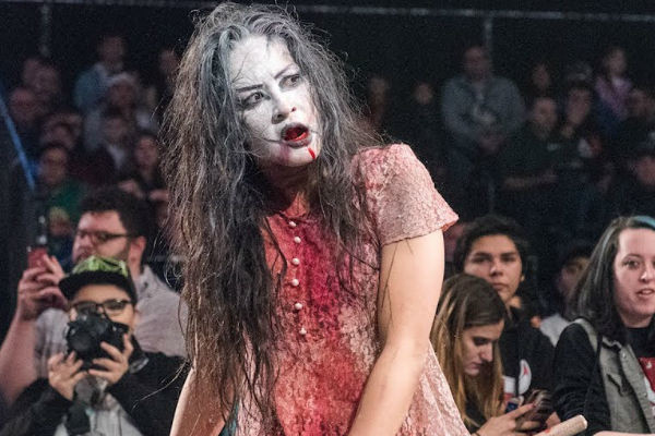 Su Yung IMPACT Wrestling crowd