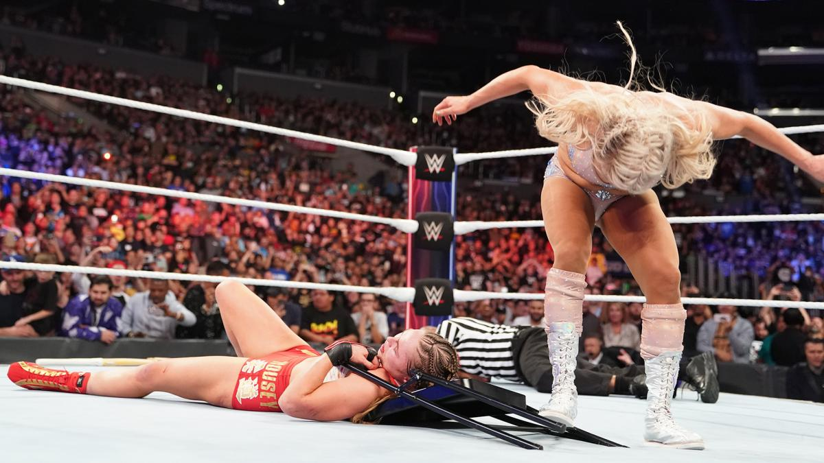 Charlotte Flair Ronda Rousey WWE Survivor Series 2018