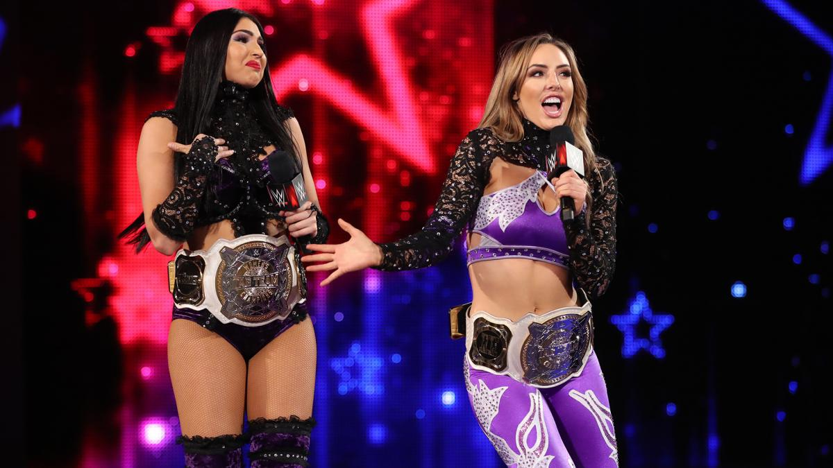 WWE RAW The IIconics