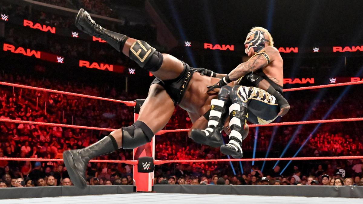 WWE Raw Bobby Lashley Rey Mysterio
