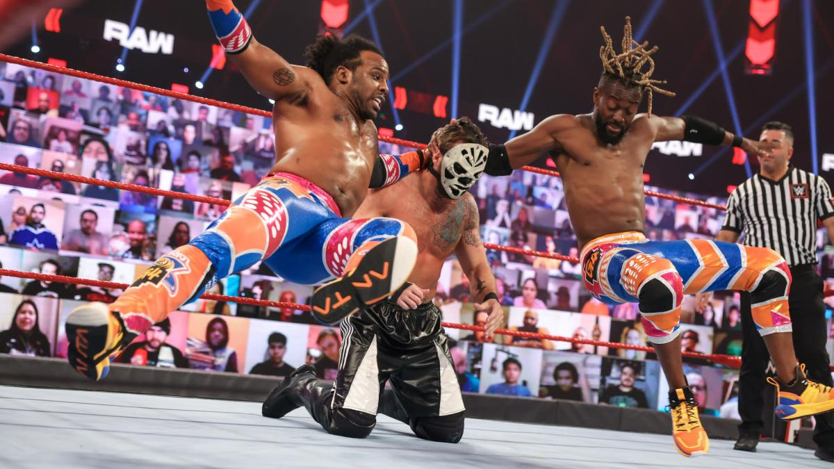 New Day Kofi Kingston Xavier Woods WWE Raw